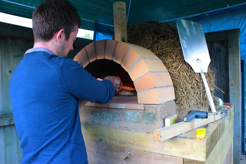 ben-at-the-pizza-oven
