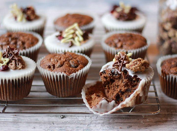 christmas cake muffins