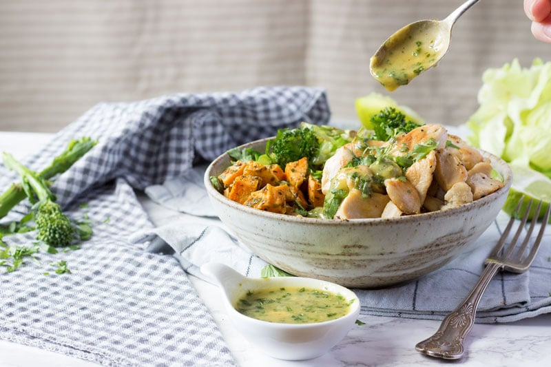 chicken bliss bowl with greyhound cabbage
