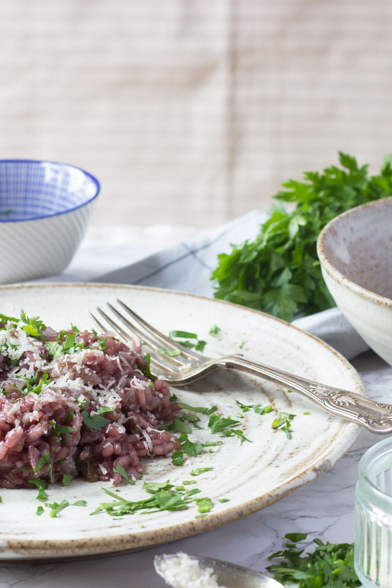 amarone red wine risotto vertical