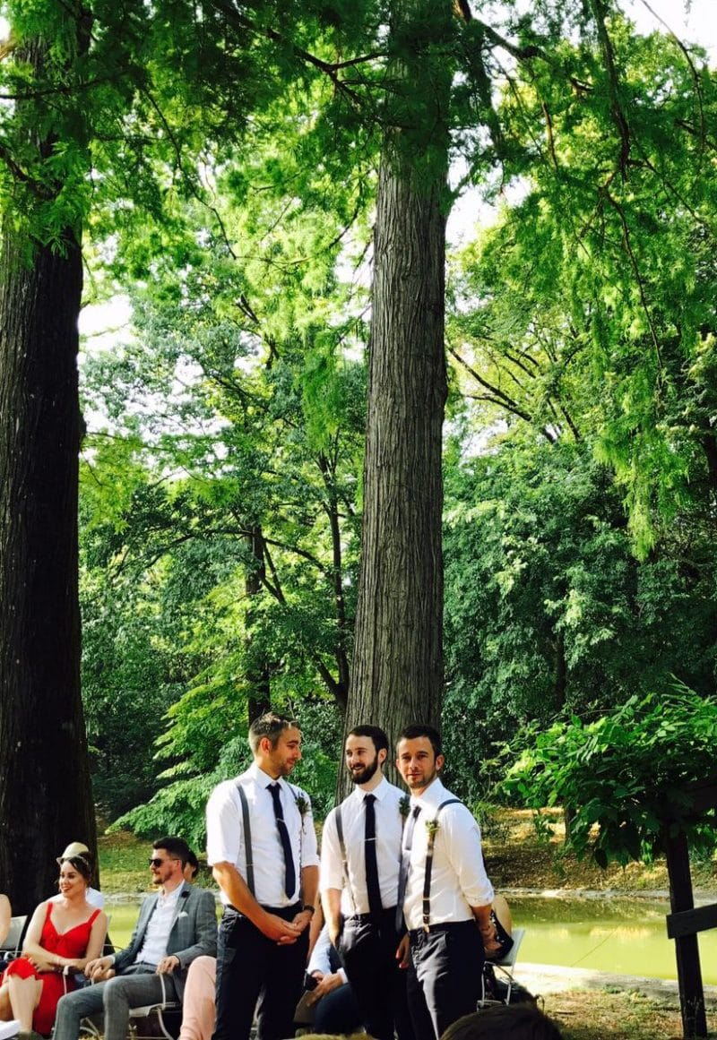 groom and groomsmen waiting on te island villa bertani