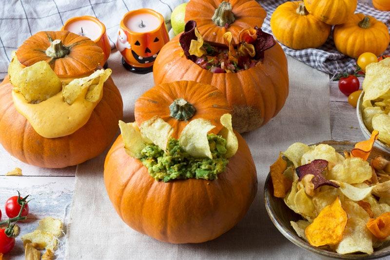 amica crisps with pumpkin dips