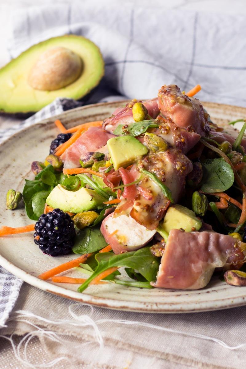 chicken and blackberry salad