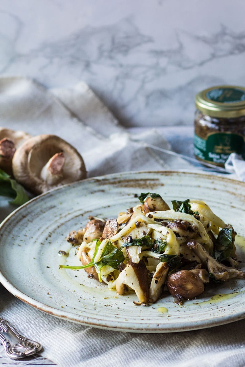 Homemade pasta with mushrooms and truffle