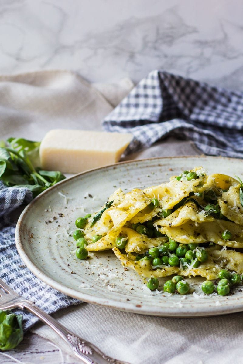 bow tie pasta with peas and basil