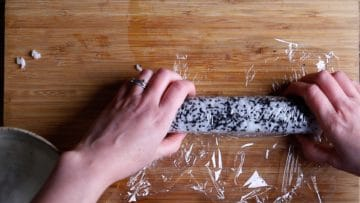 cover the california roll with cling film before slicing
