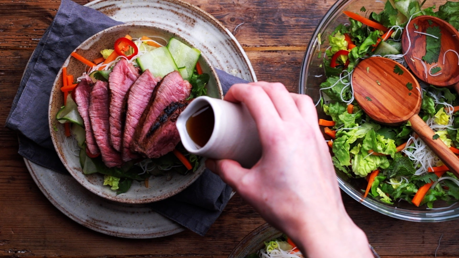 serving salad with sliced beef and Vietnamese dressing