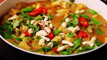 massaman topped with cashews chillies and coriander