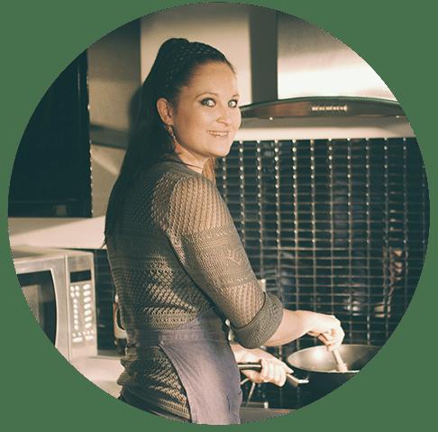 Debbie Jones profile picture Apr 2020